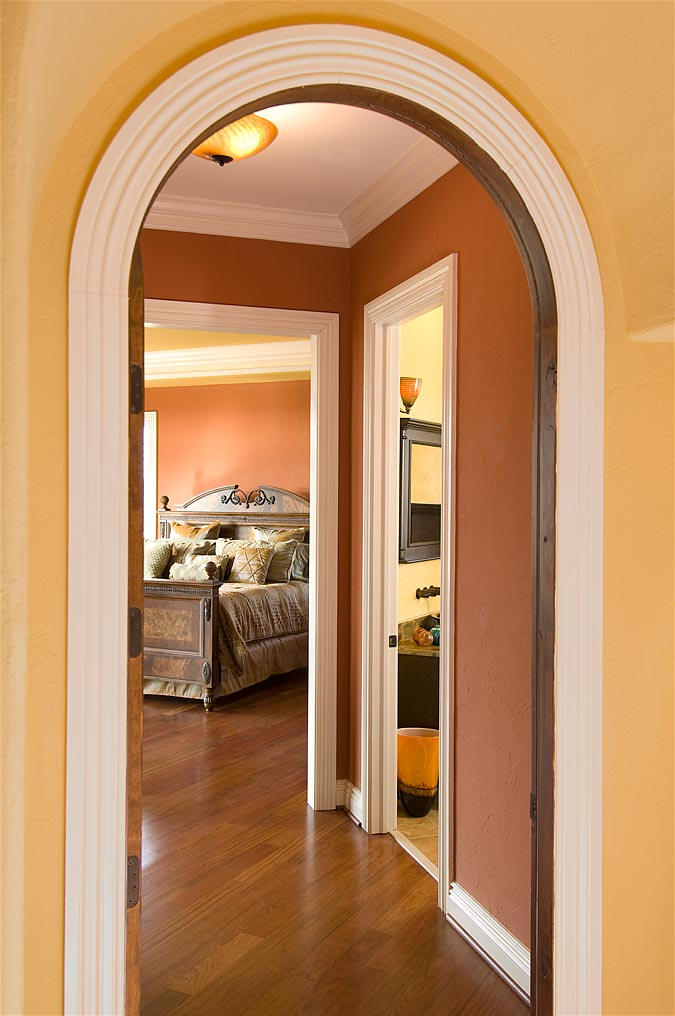 Hallway and bedroom design Crown molding india